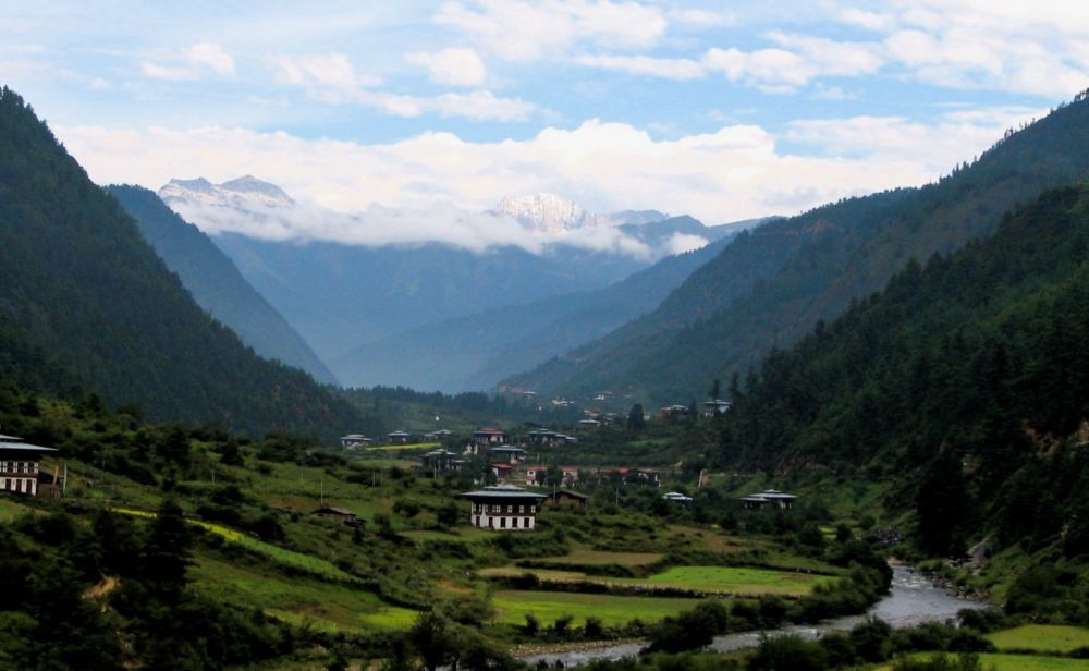 Bhutan: the world's first carbon-negative country - Climate Action