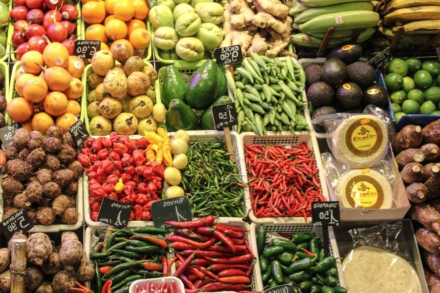 UK food industry commits to halving food waste - Climate Action