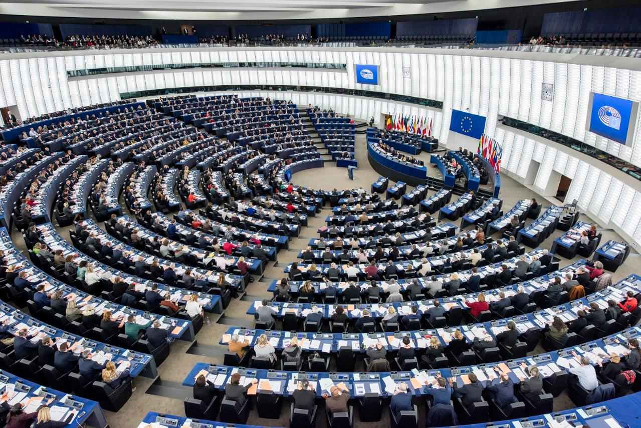 The European Union sets ambitious renewable energy and ...
